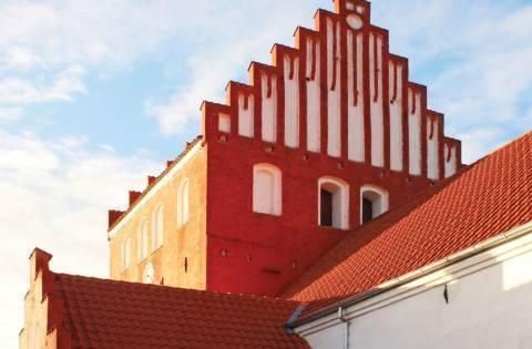 Hørby Kirke restaurerede af Kullegaard